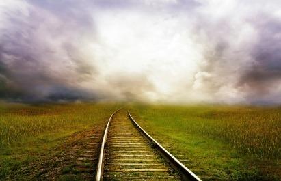 railroad-tracks-163518_640.jpg