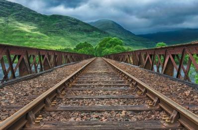 railway-2439189_1920.jpg